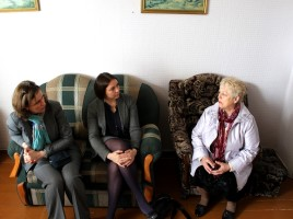 Meeting with a Ukrainian woman who came to Belarus from Slavyanoserbskiy district (Lugansk region)