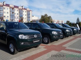 "Photo: Media-Polesye. All-terrain vehicle ""VW Amarok"" - 9 items"